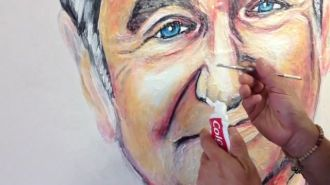 Toothpaste art - the man who paints with toothpaste